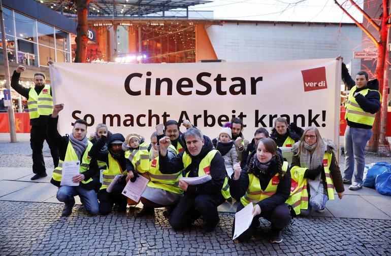 ver.di-Protest vor dem Berlinale-Palast